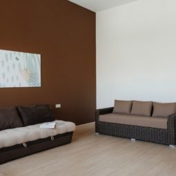 Спальня-терасса в доме Arcadia Villa Apartments